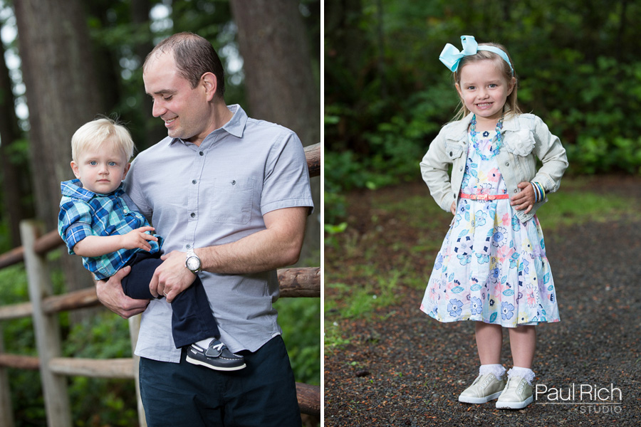 Seattle portrait photographer Paul Rich Studio captures a family at a park